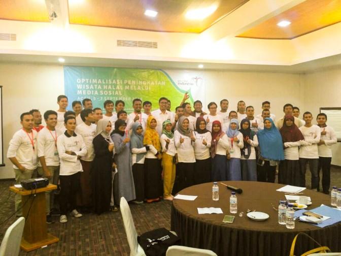 Aceh Menuju Wisata Halal 2016